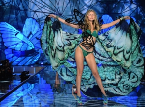 Victoria-s-Secret-Fashion-Show-2015_image_ini_620x465_downonly